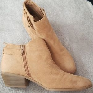 Womens Ankle Bootie